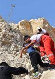 نجات ۶ نفر در کوههای پدری جم توسط امدادگران هلال احمر+تصاویر