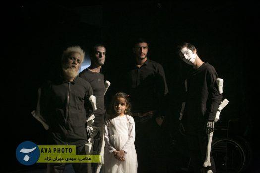 تئاتر عروسکی برای دخترم در جم برگزار شد + تصاویر