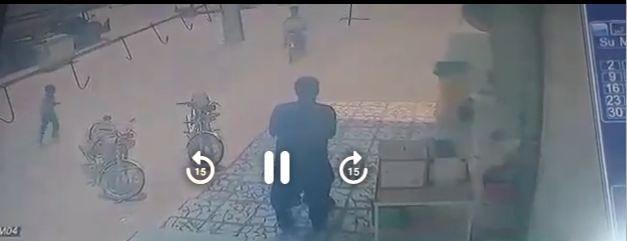 ماجرای بدرفتاری با کودک افغان در شهرآبدان شهرستان دیر چه بود؟+کلیپ