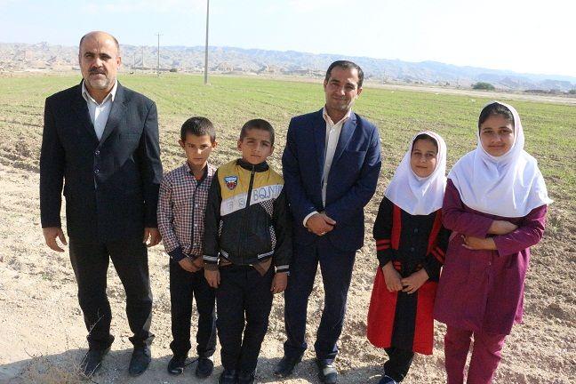 مدرسهای با ۴ دانش آموز در بردخون+عکس