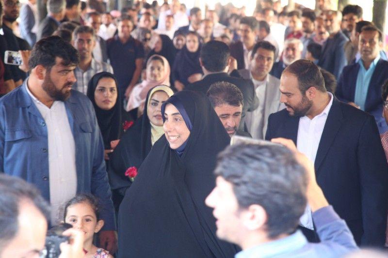 تصاویر: الماسی نماینده جنوب استان برای یازدهمین دوره انتخابات مجلس ثبت نام کرد