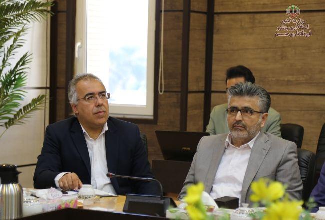 تدابیر ویژه در مبادی ورودی عسلویه و خارگ/ کرونا درمان ندارد باید پیشگیری کرد/آمادگی افزایش دو برابری ظرفیت بستری بیمارستان طی ۱۲ ساعت/مراکز درمانی نفت در بوشهر آماده است
