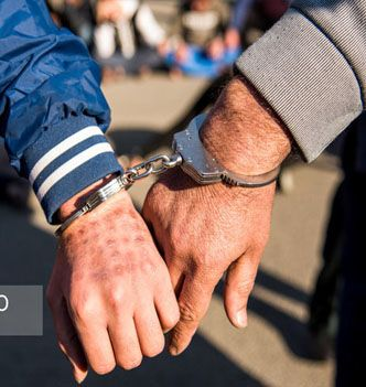 دستگیری کلاهبردار ۳۰ میلیاردی خودروهای خارجی در بوشهر