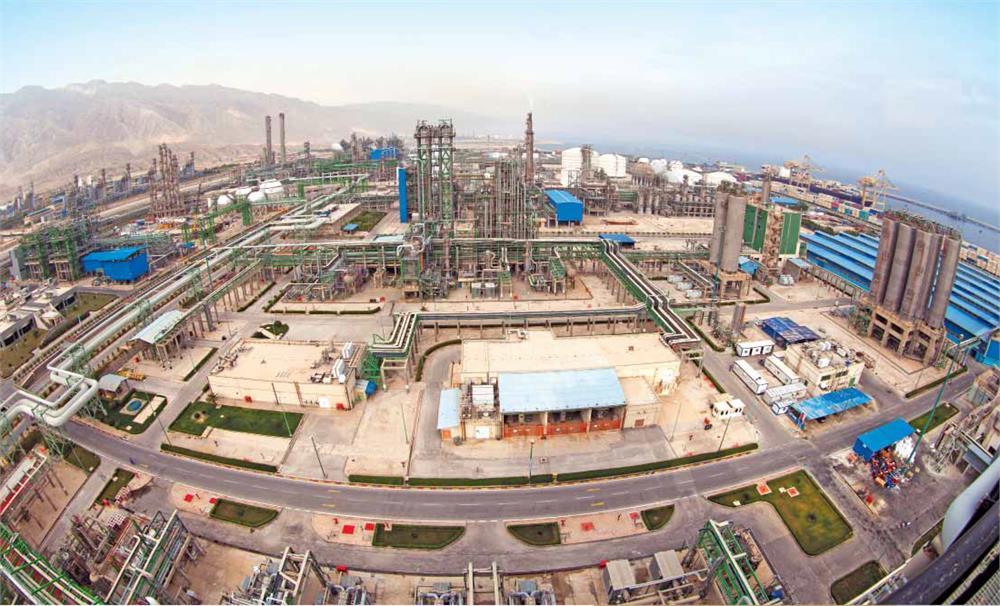 کارگران پتروشیمی بوشهر ۳ ماه حقوق نگرفته اند!